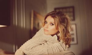 Ellen Henderson-Feature